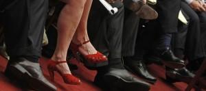 emploi-diversite-parite-chaussures-rouges-femmes_553396
