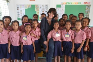 Ecole Cambodge. Toutes ˆ l'Ecole.