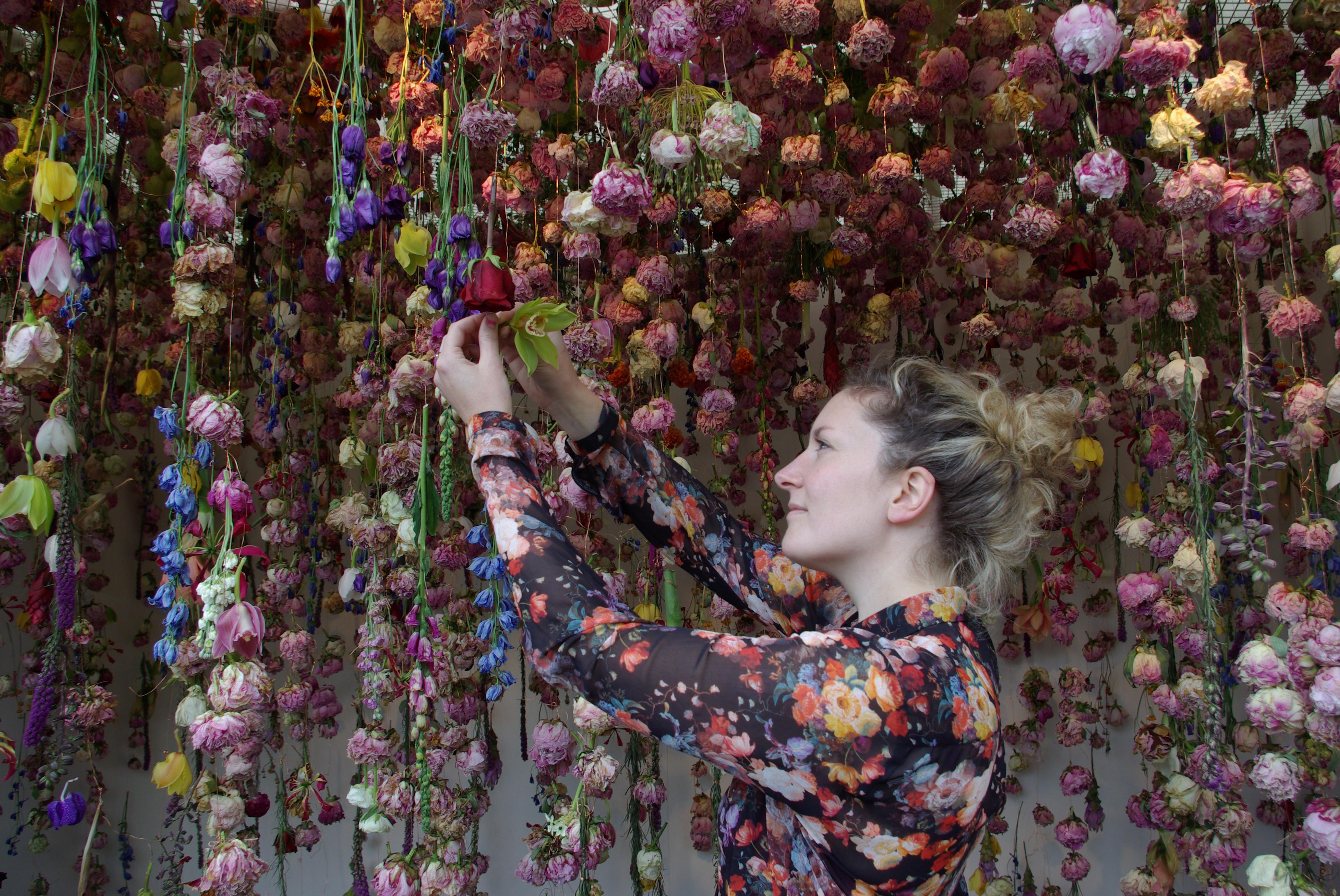 Tissage Mural Julie Oili artistes et créatrices | nous les femmes